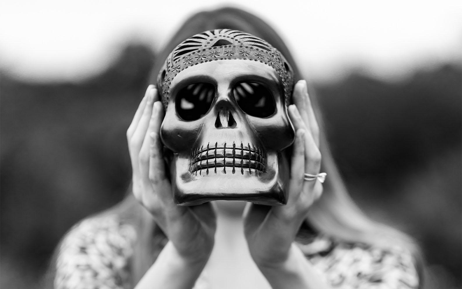 In diesem Post erfährst du, wie du deine natürliche Angst vor dem Tod dafür nutzen kannst, eine Vision zu entwickeln, Ziele zu definieren und endlich ins Tun und Handeln zu kommen.